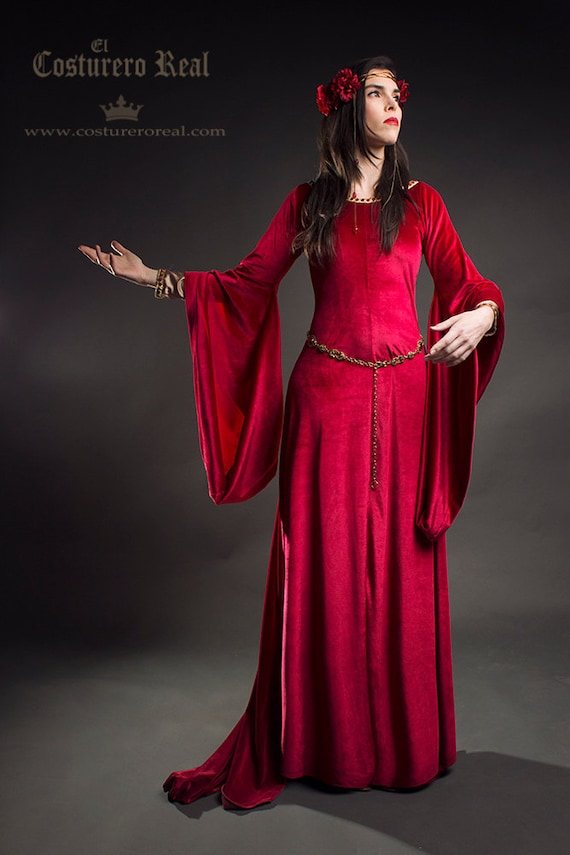 Medieval red dress pre-raphaelite Queen dress in red velvet costume cosplay larp