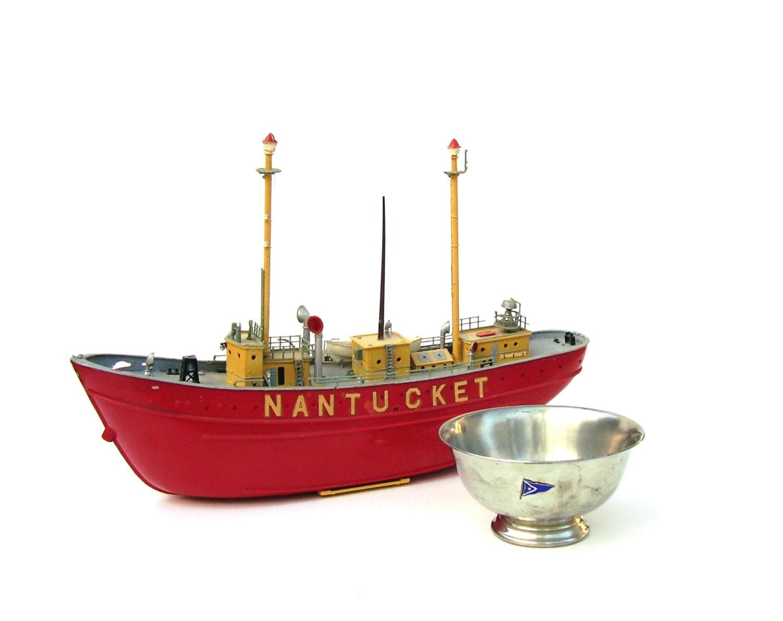 Vintage nautical decor nantucket sailing trophy silver reed for Nantucket decor