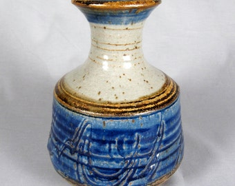 Robert Eckels, Vintage Studio Pottery Vase, Blue