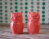 Owl Wedding Cake Toppers - Vibrant Coral Pair of Owls.   Handmade from scratch, in stock and ready to ship!