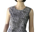 60s Blouse / Sleeveless / Summer / Floral Print / Black White / Made in Japan