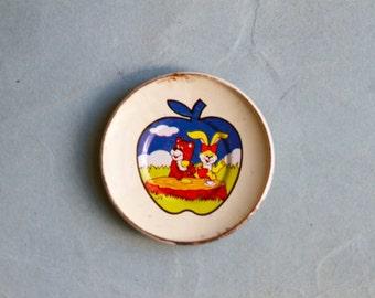 Miniature Enamelware Plate Dish - Vintage Enamelware Plate - Doll's House Miniature