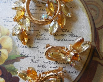 JULIANA Amber Yellow Laurel Wreath Brooch & Earrings Set Verified