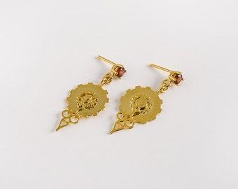 Delicate steampunk earrings, Gold dangle earrings, clock hand earrings, clock gear earrings