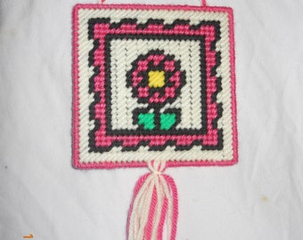 Flower Wall hanging in Plastic canvas