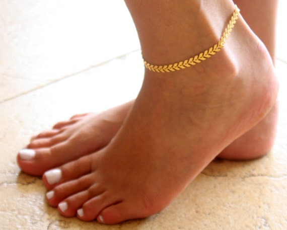 gold anklet gold ankle bracelet arrow anklet foot. Black Bedroom Furniture Sets. Home Design Ideas