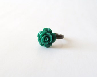 Emerald Green Rose Cabochon Ring - Antique Bronzed Adjustable Ring