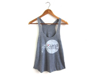 Je T'aime Tank - Racerback Scoop Neck Swing Tank Top in Heather Grey and Red Heart - Women's Size XS-2XL