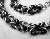 Antiguo - Unisex Byzantine Chainmaille Necklace - Black and Silver - Chain Necklace - Rocker Jewelry - Rocker Chic