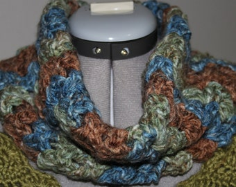 Split Shell Cowl Scarf Crochet Pattern