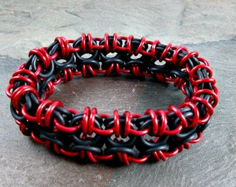Chainmaille Bracelet - Stretchy Chainmaille - Red and Black - Stretch Chainmail - Chainmaille Jewelry