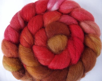 BFL superwash wool roving, spinning fiber, hand painted roving, hand dyed combed top, handspinning fiber, british wool, 100g/3.5oz