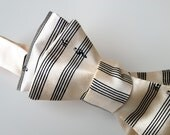 Music Staff Paper bow tie. Sheet music bowtie. Musician men's tie. Perfect gift for classical, symphony, piano, guitar, orchestra, band.