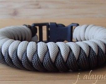 Snake Knot Bracelet. Paracord Survival Bracelet. Custom Paracord Bracelet. Camping Gear