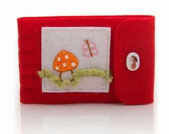 Felt Needle Book, Sewing Needle Case, Red Needle Minder, Compact Sewing Kit, Travel Pin Keeper, Gift for Sewer, Pin Storage, Felt Pin Case