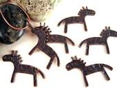 24 Antiqued Copper Horse Charms, 19x28mm, Primitive Horse, Paleolithic Horse, Ancient Horse, Cave Horse, Horse Bead, Horse Pendant F033