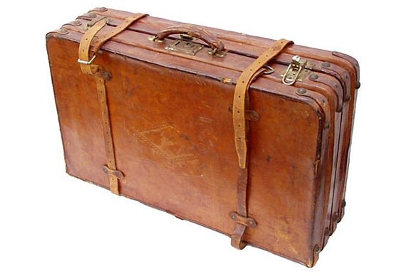 Antique leather suitcase or portmanteau - Vintage suitcase ...