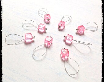 Snag Free Stitch Markers Large Set of 8-- Light Pink Acrylic Cubes -- N96 -- For up to size US 17 (12.75mm) Knitting Needle