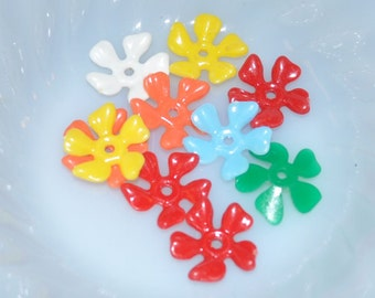 Vintage Multi Color Plastic Flowers (10)