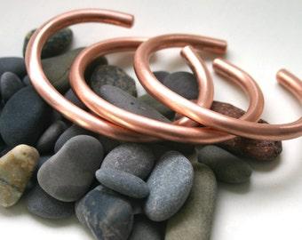 Copper Cuff Bracelet Round Heavy Wire - Women's Small Six Inch Cuff