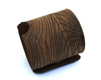 Wood Grain Bracelet - Laser Cut Leather
