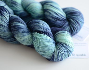 Borealis - Hand Dyed Sock Yarn - Variegated Fingering Weight - Superwash Merino Wool - Navy Blue and Aqua
