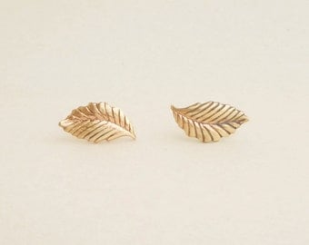 Gold Leaf Stud Earrings with 925 Sterling Silver Post, Leaf Earrings Bridesmaid Gift,Minimal Jewelry,Everyday Jewelry,Natural Jewelry