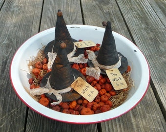 Primitive Halloween witch hat bowl filler tuck ornies