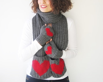 Valentines Day Scarf and Fingerless Gloves Set with Heart by Afra