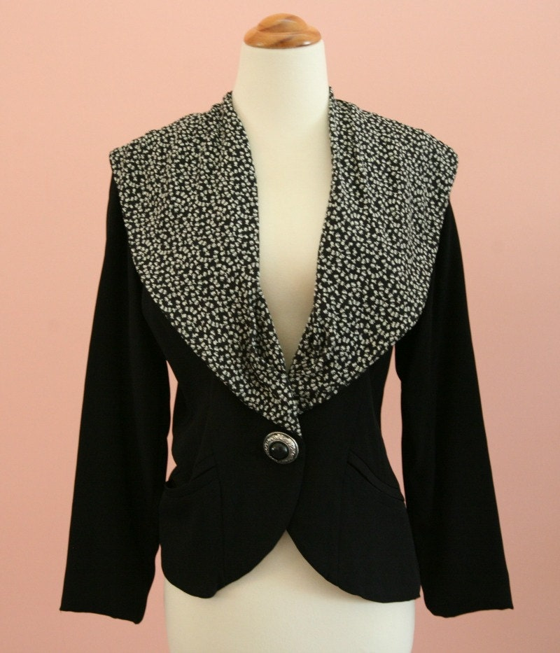 Shop black white notch collar jacket at Neiman Marcus, where you will find free shipping on the latest in fashion from top designers.