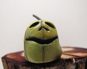 Tiny Zombie Halloween Pumpkin - Jack O' Lantern - Paperclay