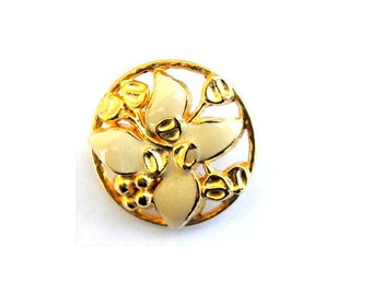 Vintage button flower shape enamel metal 26mm- white