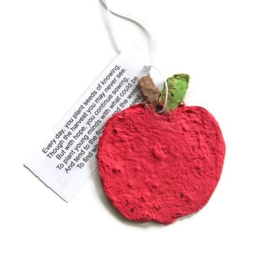 Teacher gift - Plantable paper red apples - Seed paper - Graduation party favor - Teacher appreciation - Orchard wedding favor - Harvest
