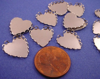 16 Silver Tone Lace Edge Heart Shaped Bezel Cups Cameo Settings 13mm