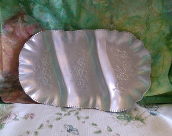 Aluminum Three Section Flowered Tray