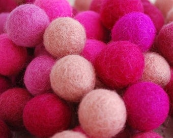 2cm - 100% Wool Felt Balls - 100 Count - Assorted Pink Colors
