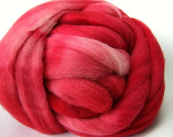 Carnation Colonial Wool Top - 3 Ounces