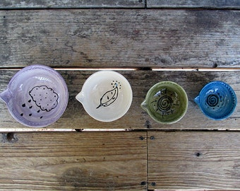 Nature themed ceramic pottery measuring cups set baking cooking prep bowls set of 4