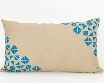 Origami inspiration pattern design lumbar pillow cover -