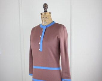 brown & blue, vintage 1960s mod knit shift dress -striped, mcm, geometric, graphic, modernist, sheath, colorblock -sz small to medium, s/m