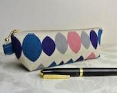 Zippered Pen Case - Linen Drop shapes blue and Pink