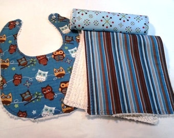 Owls Bib & Burp Cloth Set in Blue