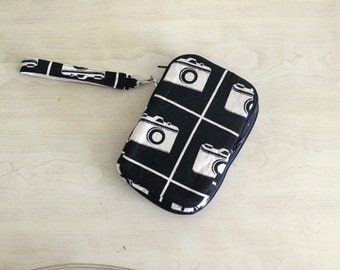 Clearance Sale Tablet Clutch in Cameras Designer Fabric Zip Around Wristlet Wallet Ready to Ship