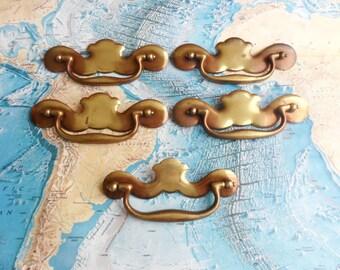 SALE! 4 wide curvy shiny brass metal pull handles BONUS smaller handle*