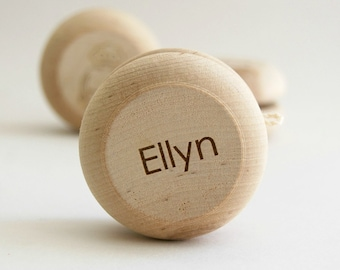Yo-Yo Wood Toy - Personalized Toy - Developmental Toy- Wood Toy- Birthday Gift- Kids Toy- Ring Bearer Gift- Custom Gift- Engraved Gift -TY17