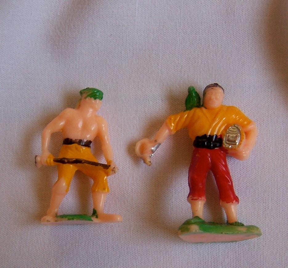 Cake Decorating Plastic Figurines : plastic men cake toppers