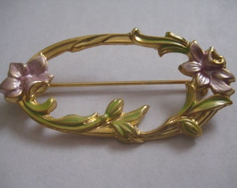 Vintage Hand Painted Oval Floral Pin in Goldtone