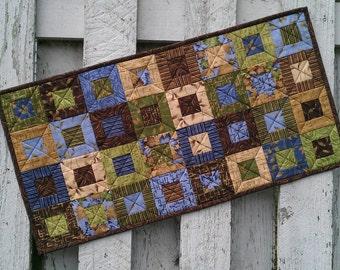 Quilted Table Runner - Cedar Box - Leaves (UNTRM)