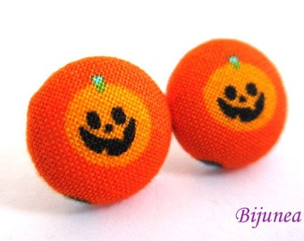 Pumpkin earrings - Halloween pumpkin stud earrings- Halloween pumpkin post earrings - Halloween pumpkin posts sf1058