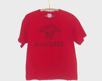 1980s t shirt / vintage 80s tshirt / medium m / Vintage Radical Roaches T-Shirt